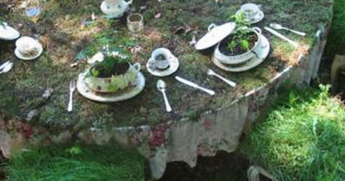 Consigue tu jard n del pa s de las maravillas reciclando for Muebles encantadores del pais elegante
